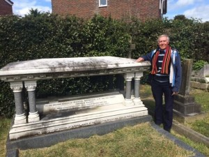 Derek Warman at tomb of Michael Maybrick