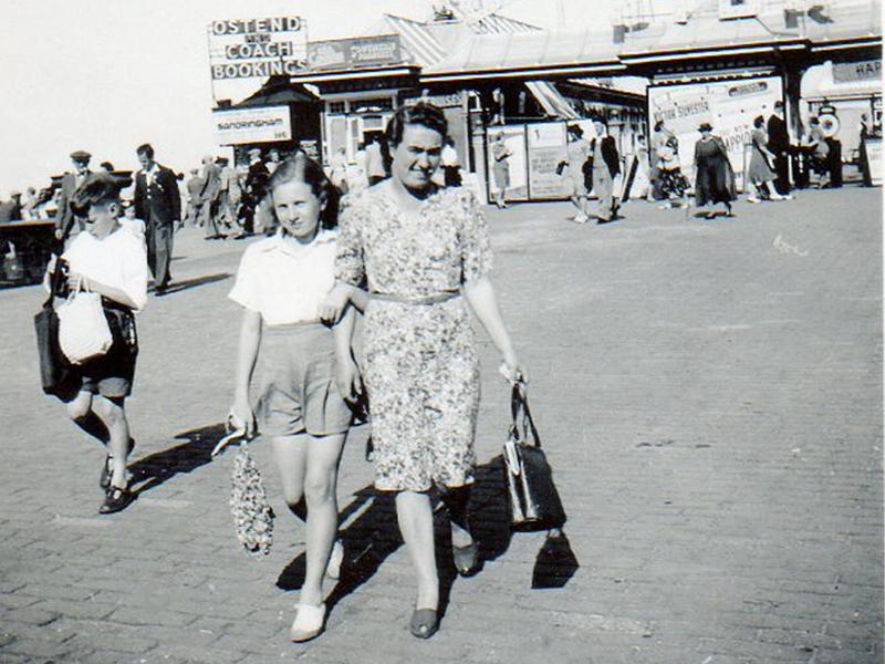 Ann and Mum on holiday at Great Yarmouth
